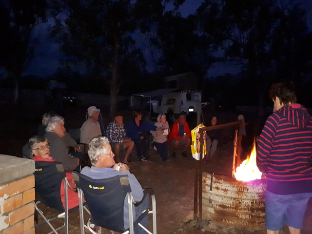 Meadowbank-Museum-and-Farmstay-Camp-Site-–-Roma-Campers