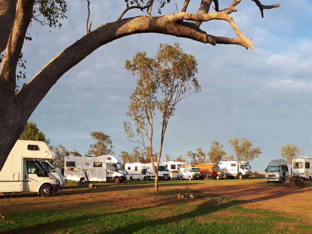 Meadowbank-Museum-and-Farmstay-Camp-Site-–-Roma-Caravan-Site