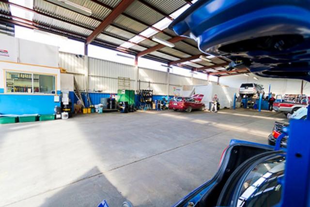 Jackmans-Garage-Service-Centre.jpg